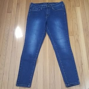 Mossimo High Rise Blue Wash Jeans Size 8/R